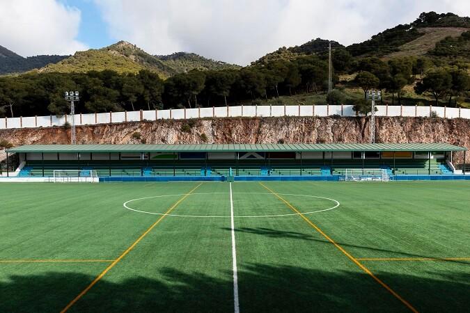 Nos dedicamos a ofrecer servicios deportivos como mantenimiento de instalaciones deportivas en comarcas.